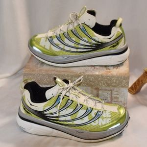 HOKA ONE ONE Trail Running Womens Sneakers EUC 9